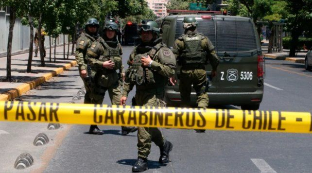 Cinco heridos por una atentado explosivo en una parada de autobús de Santiago de Chile