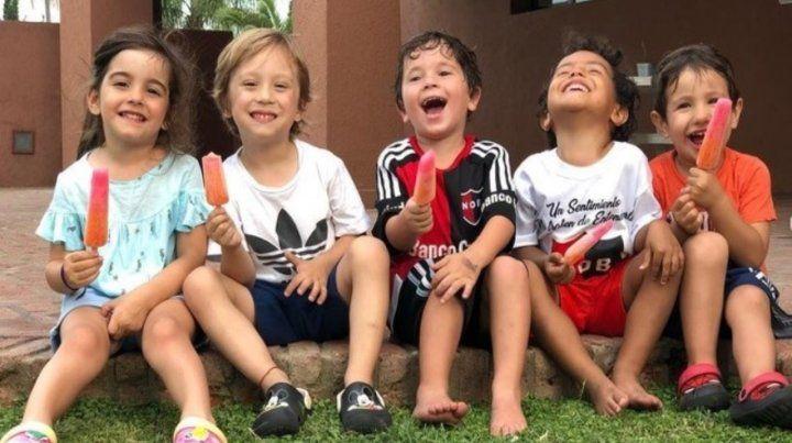Mateo Messi lució la camiseta rojinegra junto a sus primos