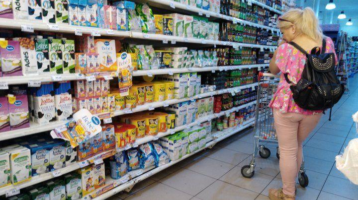Buscar precios. Observar los valores de los productos en detalle es una práctica habitual.