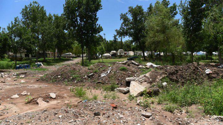 Ratner: A la provincia le corresponde recuperar la playa para los rosarinos