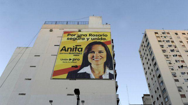 En 2013 el mural de Grela estaba en pleno centro, pero ocultó la campaña.