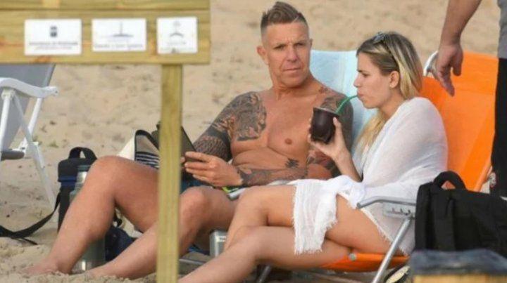 Alejandro Fantino, vacaciones y relax junto a su novia en Punta del Este