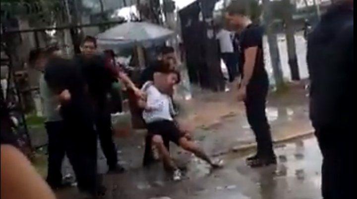 Un patovica ahorcó a un joven hasta dejarlo inconsciente
