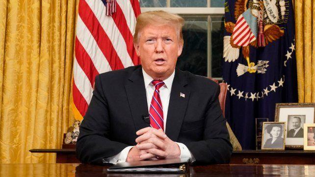 Trump pide a Estados Unidos que apoye el muro para evitar la crisis en la frontera