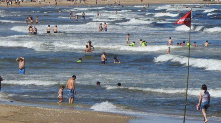 Un hombre murió en una playa de Uruguay por una bacteria del mar
