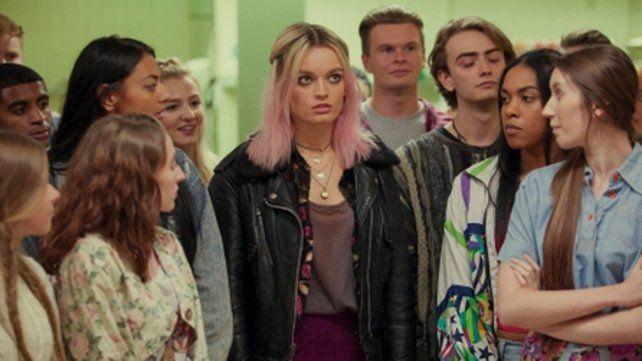 en la secundaria. La serie refleja las inquietudes de un grupo de adolescentes.
