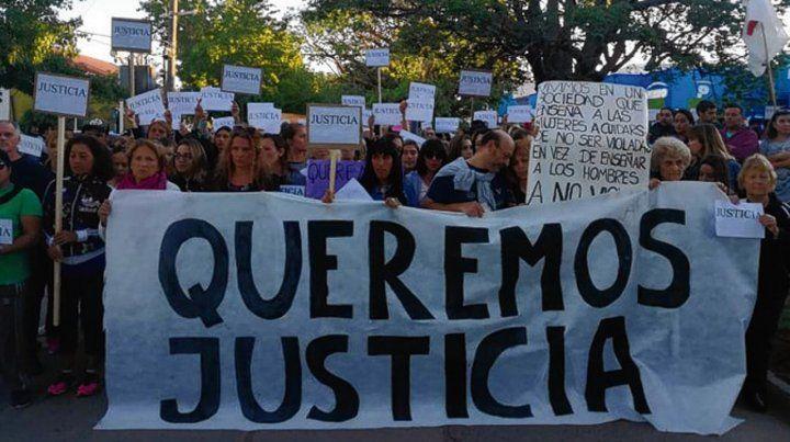 Reclamo. Los carteles y estandartes pidieron justicia.
