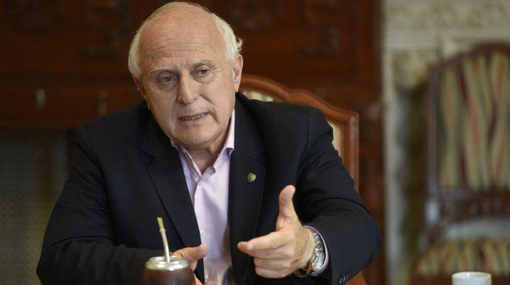Lifschitz dijo que el país no tiene futuro si tiene que elegir entre Macri y Cristina.
