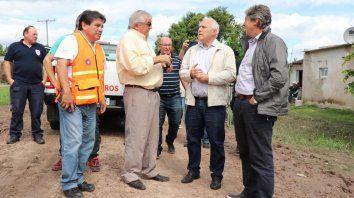 El gobernador recorrió las zonas afectadas por las inundaciones ne le norte de Santa Fe.