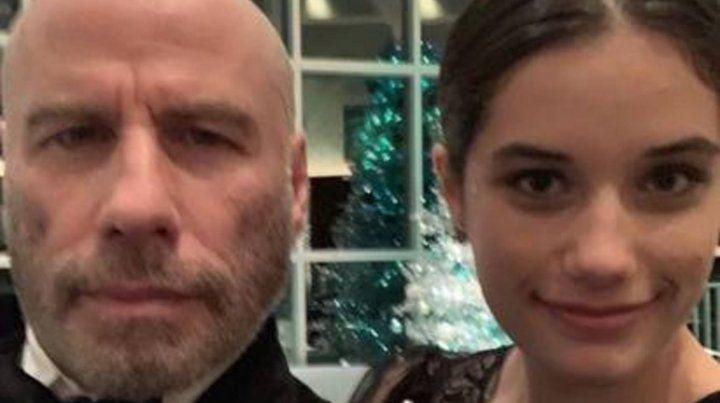 John Travolta reapareció con un look renovado