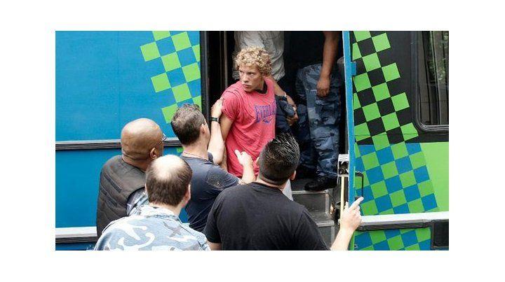 Miramar: la chica violada reconoció por fotos a tres de los cinco acusados