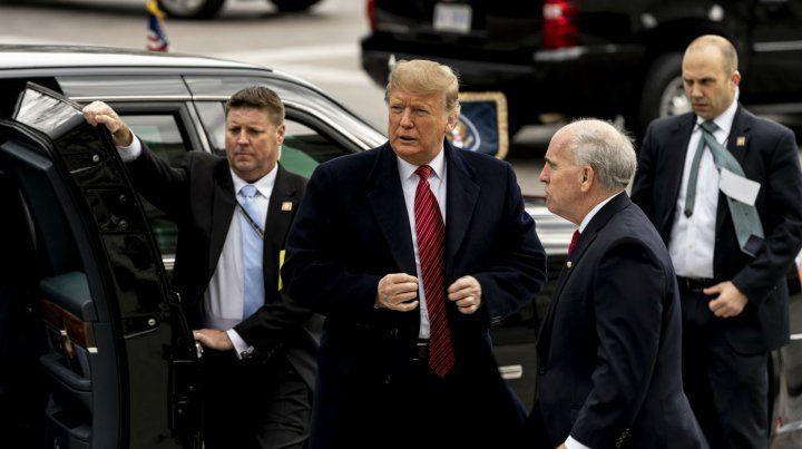 Un informe periodístico revela que el presidente Trump fue espiado por el FBI