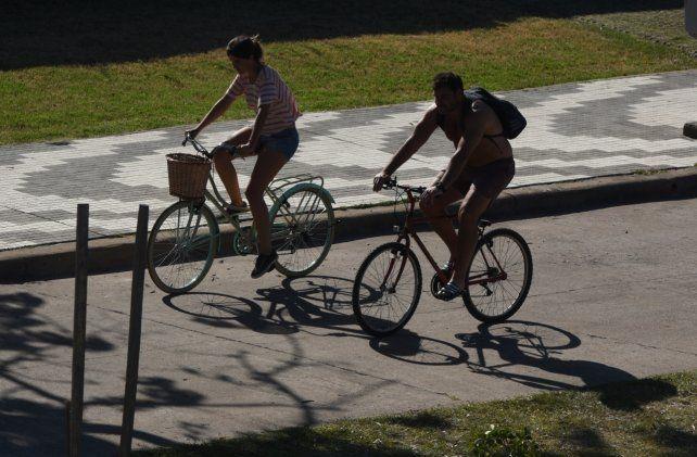 En la organización Rosario en Bici cuestionaron a los automovilistas porque creen que tienen más derechos.