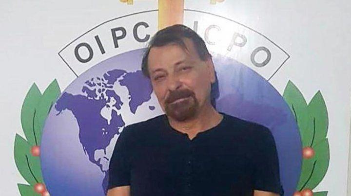 Battisti en la sede de la policía boliviana en Santa Cruz de la Sierra