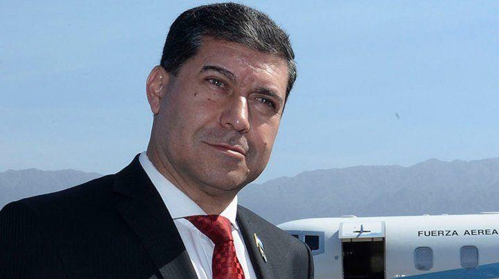 El gobernador Casas llamó a consulta popular para ir por otro mandato.