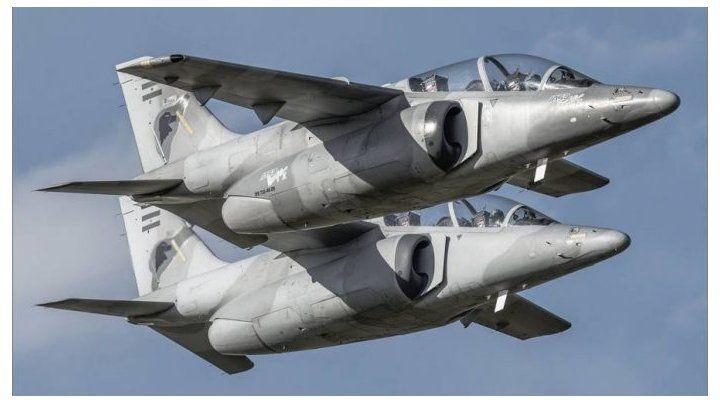 Dos aviones Pampa II de la Fuerza Armada interceptaron a una avioneta que quería ingresar de manera ilegal desde Paraguay.