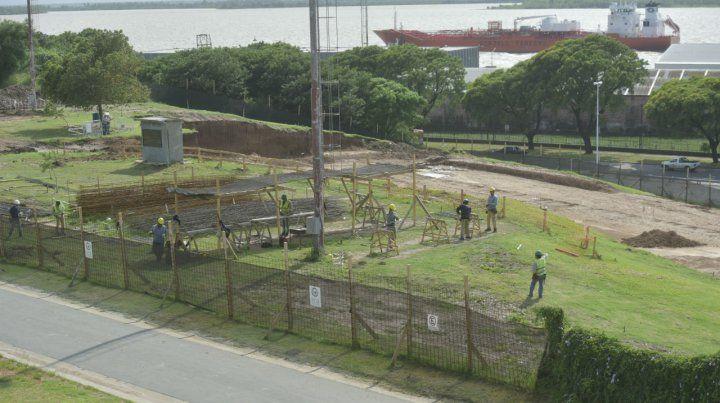 Ya comenzaron las tareas de nivelación del terreno. La inauguración está prevista para mediados de 2020.