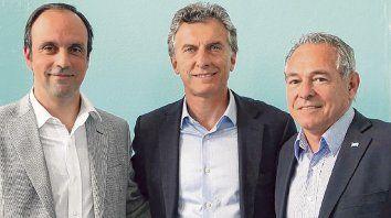 Galdeano, presidente del radicalismo, apoya una candidatura de Barletta. Dirigentes nacionales de la UCR avalan al intendente Corral.