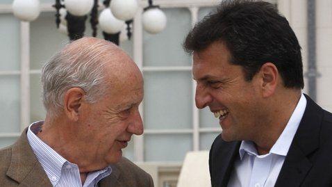 en contacto. Aseguran que Lavagna y Massa suelen mantienen reuniones cada 15 días.