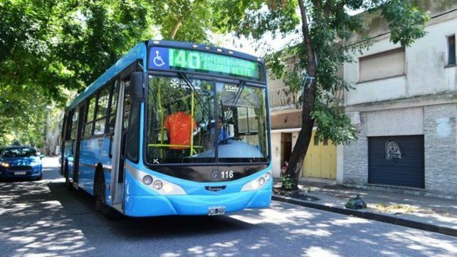 La línea 140 ya recorre la ciudad con nueva imagen