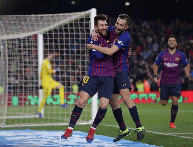 Messi le dio el triunfo a Barcelona en solo media hora