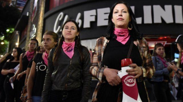 Mujeres libres de violencia. Las integrantes de la campaña se manifestaron la semana pasada en Pellegrini y Entre Ríos. Mañana
