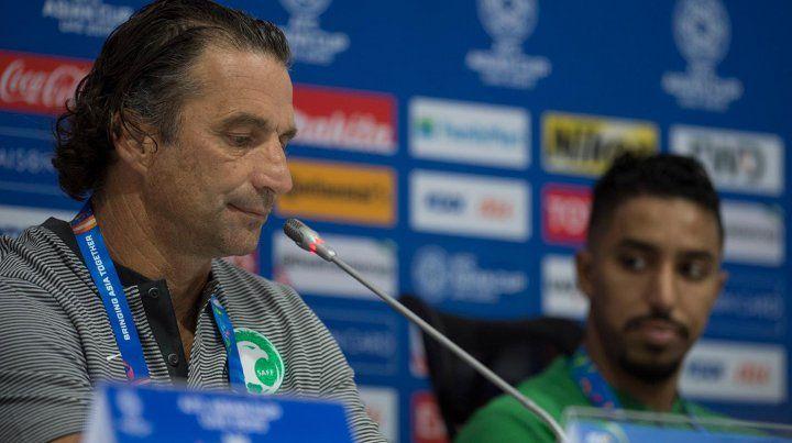 Pizzi renunció a la selección de Emiratos Arabes