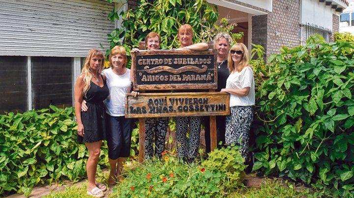 recuperada. En la casa de las hermanas Leticia y Olga funcionan un centro de jubilados y la red Cossettini.