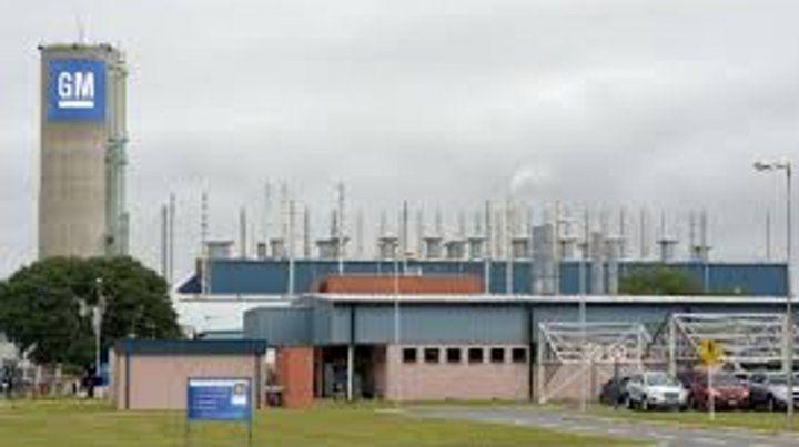 Hasta el 31 de enero la empresa trabaja a media máquina con un solo  turno por semana y rotándose para brindar actividad a una plantilla de  1.800 trabajadores.