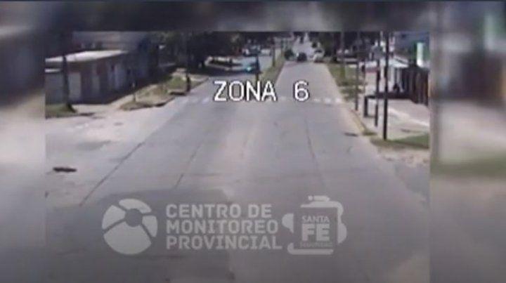 Video de un espectacular choque y vuelco en zona norte de Rosario
