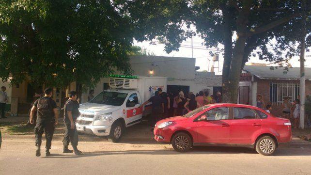 Un móvil del Sies trasladó el cuerpo al Instituto Médico Legal.