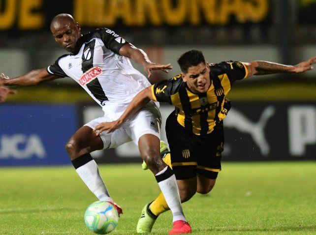 El volante Ribair Rodríguez se pondrá la camiseta de Newells