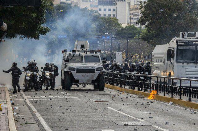 Venezuela: Al menos ocho muertos en las protestas contra Maduro