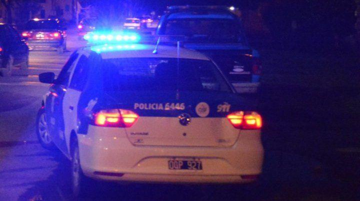 La policía detuvo al agresor en el domicilio de la niña. (Foto de archivo)