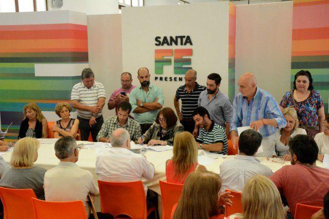 Firmaron el convenio de expropiación del predio de Salta 2141 en Rosario