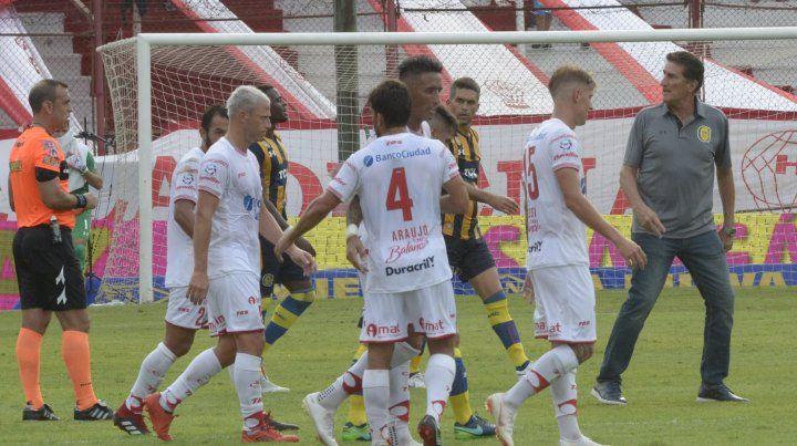 Bauza hizo su análisis tras la derrota de Central ante Huracán por 2 a 1.