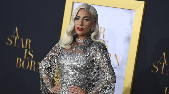 Lady Gaga. Está nominada por Nace una estrella. La gala se transmite por TNT.