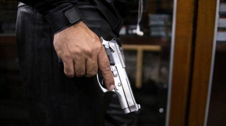 Múltiples estudios demostraron que la disponibilidad de más armas deriva en tasas de homicidios más altas.