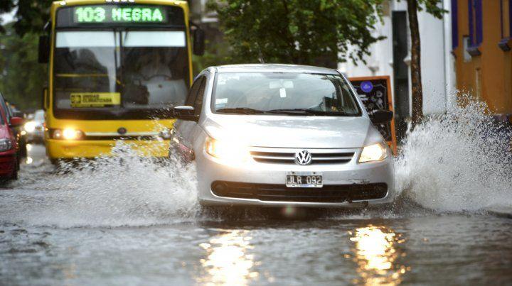 Anuncian lluvias superiores a lo normal para Rosario y la región