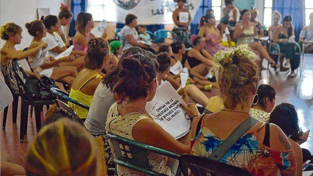 Organizaciones de defensa de los derechos de las mujeres se concentraron ayer para ajustar nuevas acciones concientizadoras.
