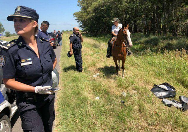 El cuerpo fue encontrado a un costado del camino entre Punta Lara y Berisso.