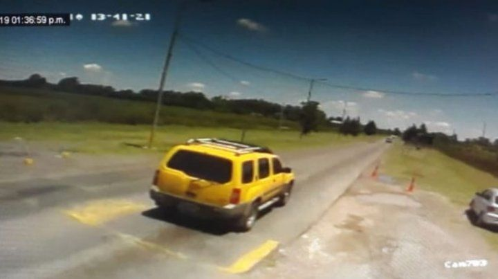 El recorrido que hizo el asesino de la odontóloga cuando la fue a enterrar quedó grabado en las cámaras del Centro de Operaciones y Monitoreo de la Municipalidad de La Plata.