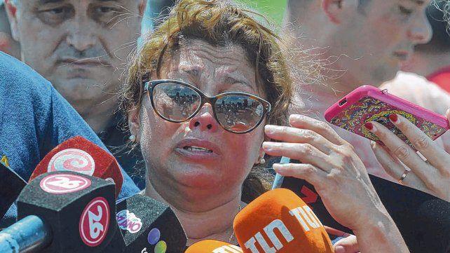 desconsuelo. Mariella Solis Calles en el lugar: Este desgraciado mató a mi hermana y ha desmembrado mi familia.