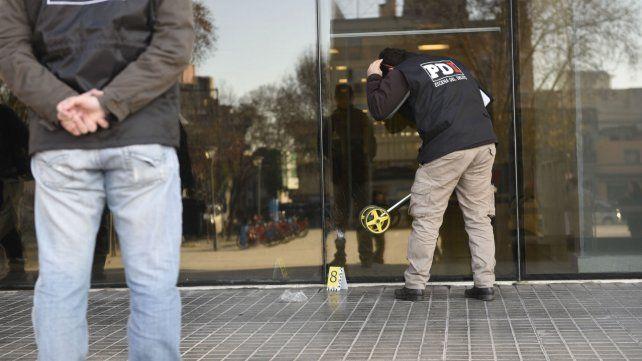 Policías de investigaciones trabajan en el Centro de Justicia Penal. Fue a principios de agosto.