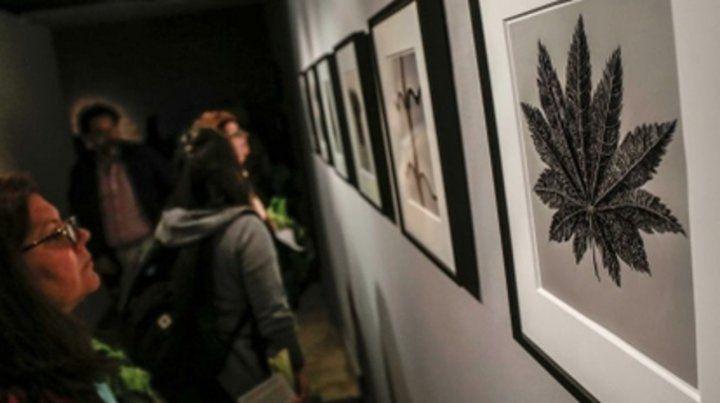 para mostrar. Convocan a artistas y curadores.