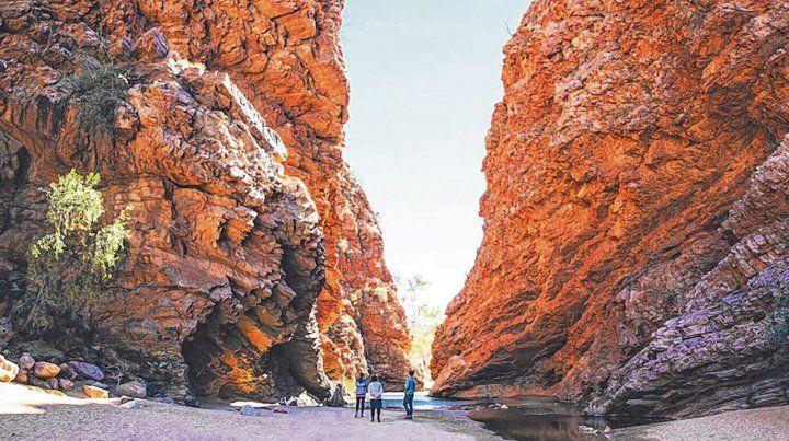Inmensidad. Los paisajes de los parques nacionales deslumbran al turista junto a las montañas de roca y los saltos de agua.