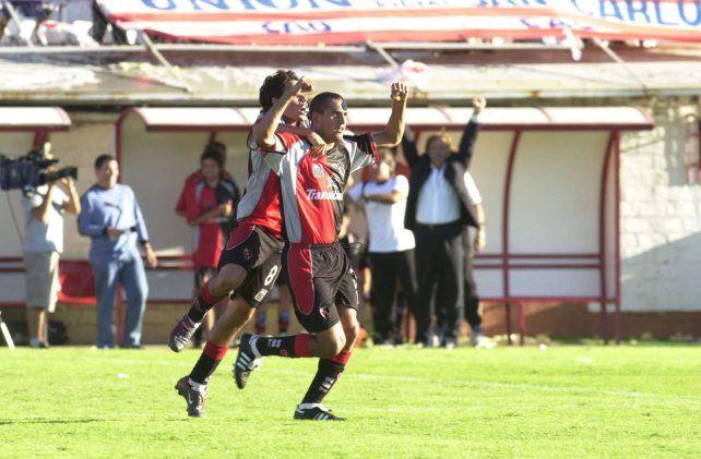 Adinolfi anotó en el partido que marcó el triunfo del conjunto rojinegro contra Unión en 2003 de visitante.