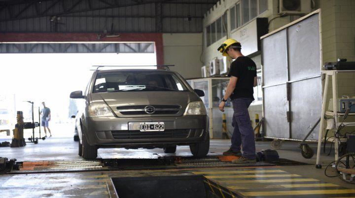 Rosario tiene dos centros habilitados para realizar la inspección obligatoria: en Francia al 5800 y en Uriburu y Circunvalación.