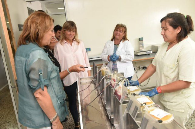 La edila del Frente recorrió con la intendenta Fein el LEM y el Centro Regional de Hemoterapia.