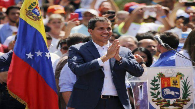 ¿Presidente? Juan Guaidó en el acto de ayer en Caracas.